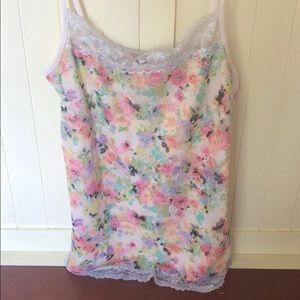 3/$10 Maurices flower tank top